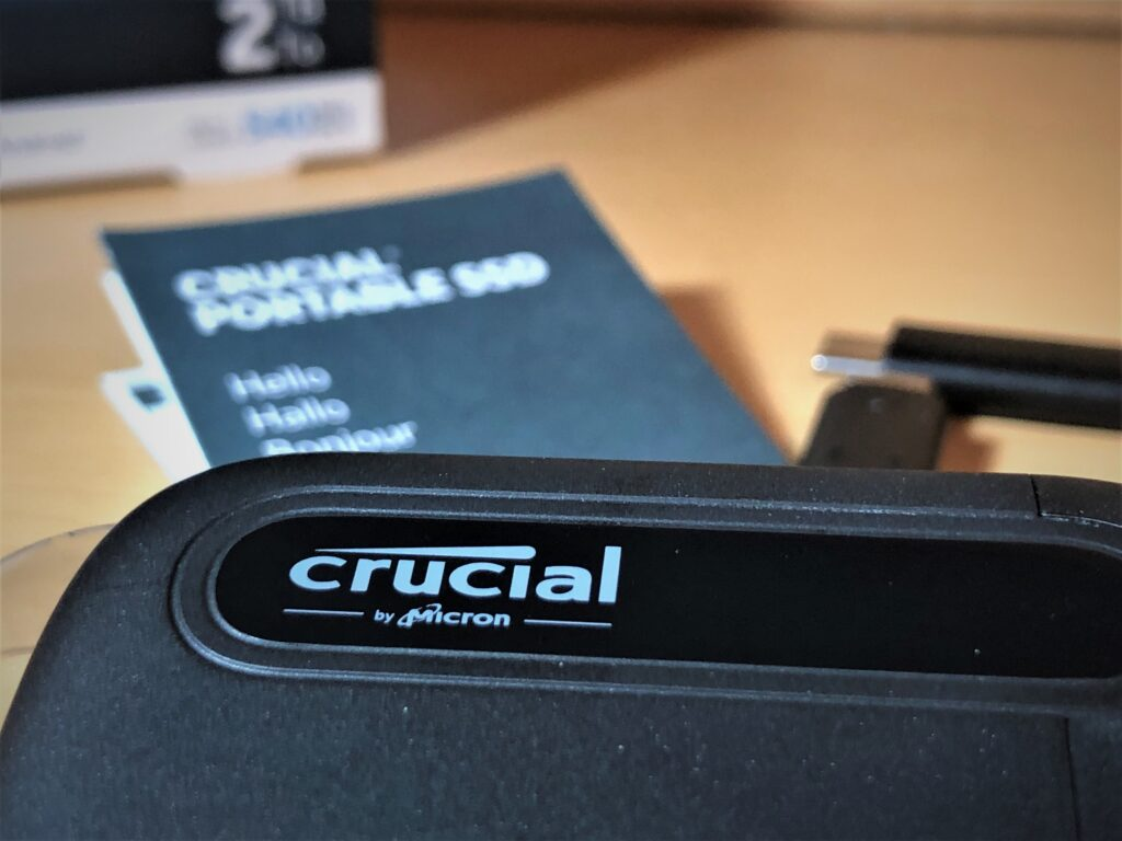Crucial X6 Review and Benchmark - Newb Computer Build (Front Closeup)