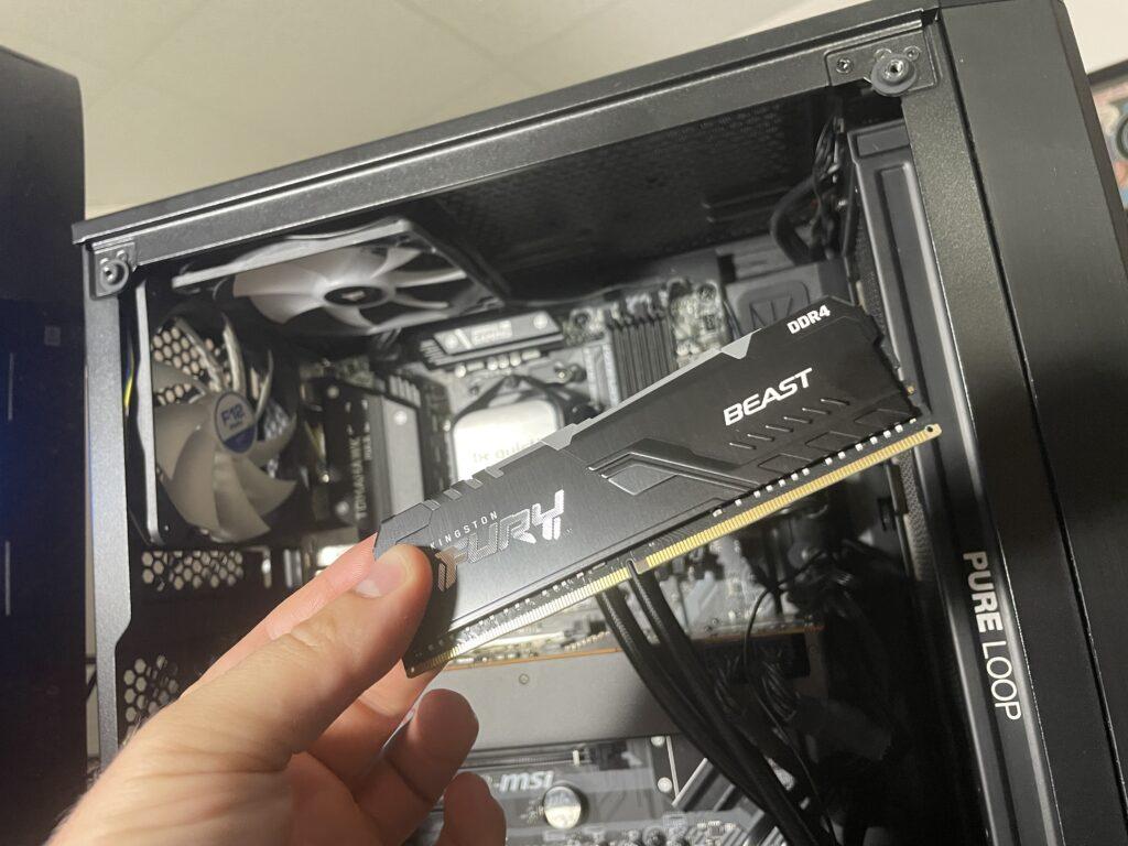 Testing Kingston Fury Beast with Ryzen 3000 Series - Newb Computer Build